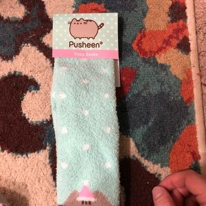 Pusheen Cozy Socks
